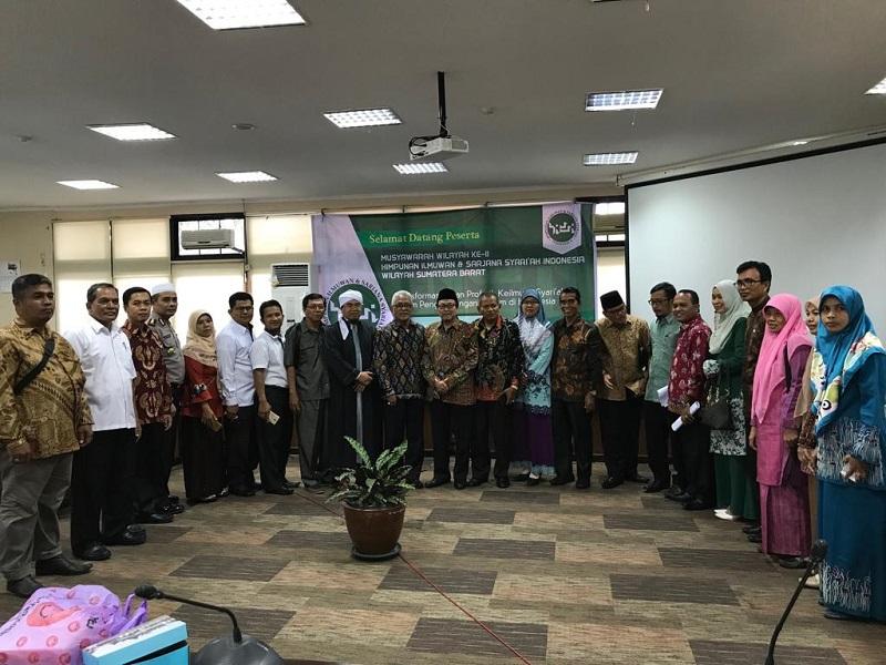 Gubernur Sumbar: Ilmuan Syariah Sangat Dibutuhkan Untuk Hidup Samawa